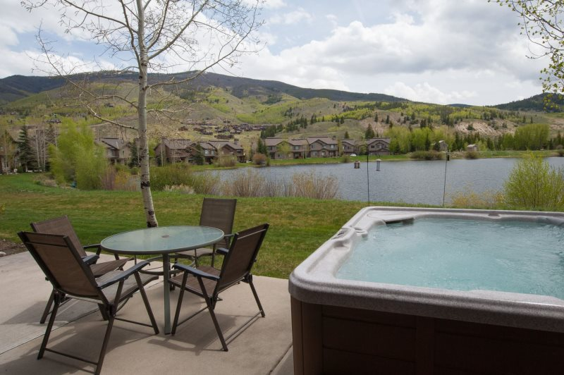 On Golden Pond A Silverthorne Vacation Rental In Summit