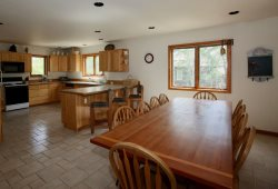 Beautiful 4 Bedroom Home Surrounded by National Forest