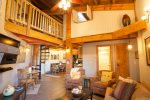 3 Bedroom above Silverthorne, Clubhouse!