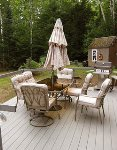 Outdoor seating/dining