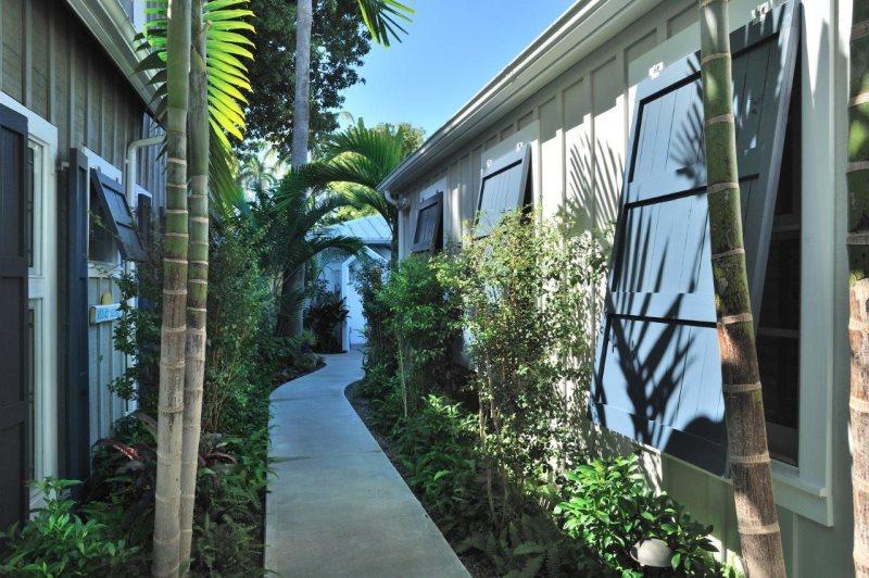 Astonishing Abbey Road Key West Group Vacation Rental Key West Hideaways Interior Design Ideas Gentotryabchikinfo