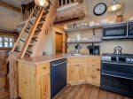 Cowboy Heaven Rentals, Cabin 15 Rustic Ridge, Kitchen, 4