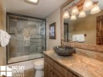 Powder Ridge Cabins, Manitou 18, Guest Bathroom, 1