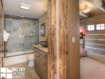 Powder Ridge Cabins, Manitou 18, Guest Bathroom, 2