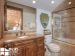 Luxury Suite 6C, Loft Bathroom, 1