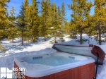Bear`s Lair  Hot Tub  3