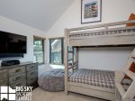 Silvertip 6 Rolling Ridge. Bedroom 3, 1