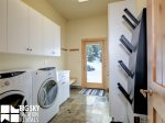 Big Sky Resort Lodging  Black Eagle 31, Laundry and Boot Dryer