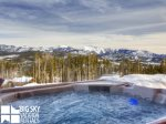 Big Sky Cowboy Cabin, Cowboy Heaven 15 Derringer, Private Hot Tub, 2