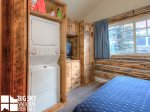 Moonlight Basin Cabins, Cowboy Heaven Cabin 7 Rustic, Private Laundry, 1