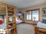 Big Sky Resort, Powder Ridge Red Cloud 4, Bedroom 3, 1