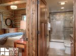 Big Sky Resort, Powder Ridge Oglala 12, Guest Bathroom, 3