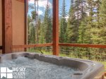 Big Sky Accommodation, Black Eagle Lodge 5, Private Hot Tub, 1