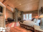 Lodges Big Sky Resort, Big Dog Lodge, Bedroom 1, 1