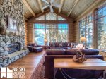 Lodges Big Sky Resort, Big Dog Lodge, Living, 1