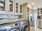 Kitchen with Washer and Dryer at 3524 Villamare