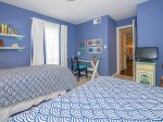 Twin Bedroom with Access to Shared Hall Bath at 856 Ketch Court