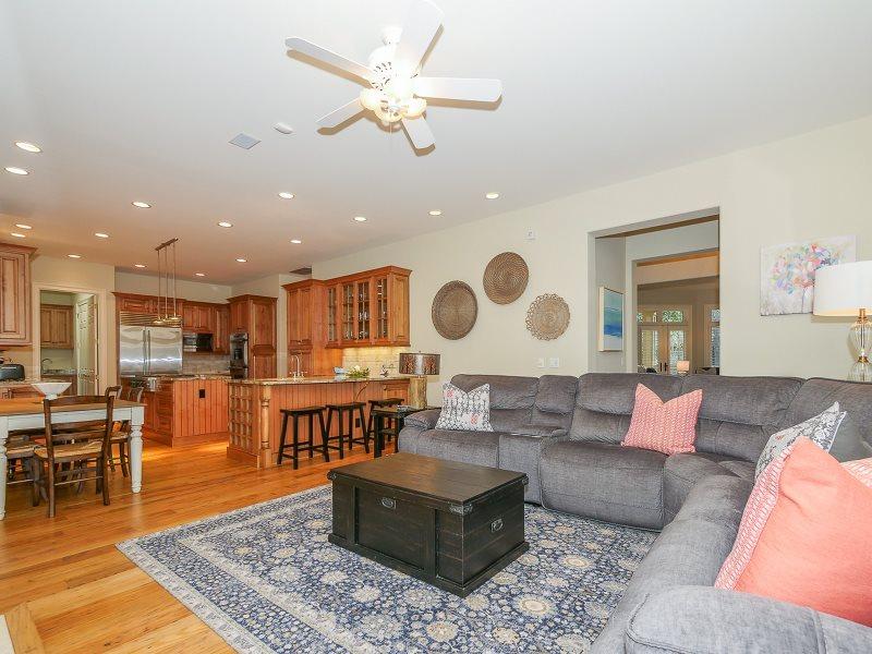 Awe Inspiring Sea Pines Hilton Head Rentals 2 Black Duck 5 Bedroom Home Remodeling Inspirations Cosmcuboardxyz
