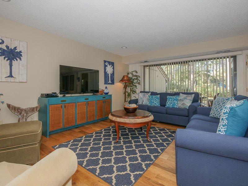 1425 South Beach Villa