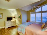 Third Floor Guest Room with Queen Bed at 95 Dune Lane