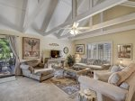 544 Queen`s Grant in Palmetto Dunes Plantation