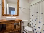 Shared Guest Bathroom with Shower/Tub Combo at 683 Mariners Way