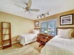 Guest Room with Two Twin Beds at 33 Battery Road