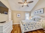 Guest Bedroom with Queen Bed at 29 Pelican
