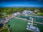 South Beach Marina - Walking Distance from Beachside Tennis
