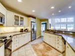 1 Gadwall - Kitchen with Granite Counters