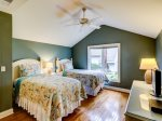 1 Gadwall - Upstairs Twin Bedroom with Private Bathroom