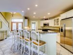 1 Gadwall - Kitchen with Breakfast Bar