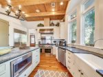 Fully Equipped Kitchen at 30 Canvasback