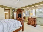 Queen Bedroom Overlooks pool Area at 5 Long Boat