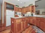 Fully Equipped Kitchen at 74 Baynard Cove