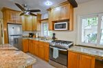 Great work space and fully equipped kitchen