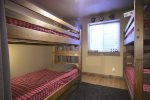 Bunk Room with two sets of twins