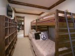 Bunk Room with Ensuite bath, Great for Kids