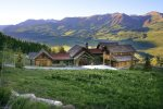 Gunsight Lodge - 7000 Sq/Ft of Mountain Luxury