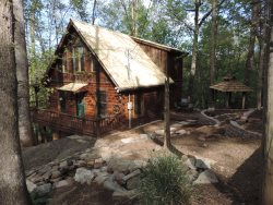 Cozy Secluded Cabin in the Coosawattee River Resort