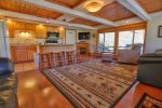 F9: This spacious one bedroom condo which includes a fireplace is only steps from the slopes.