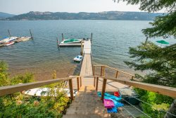 Spacious Home Right on the Crystal Clear Waters of Lake Coeur d`Alene