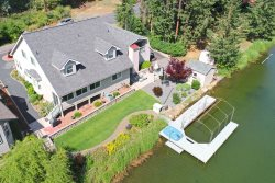 Waterfront Island Paradise | Right on the water