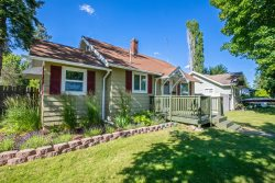 2 Bedroom Home Nestled in Downtown Coeur d`Alene