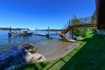 Lakeside Loft | Gorgeously Constructed Waterfront Log Cabin