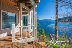 Best Views of the Lake: Two Level Large Luxury Waterfront Home