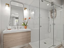 MASTER ENSUITE BATH and Shower