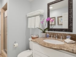 2nd Bath Casa de Balboa Vacation Rentals Newport Beach
