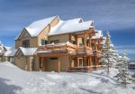 Saddle Ridge C1 - Winter Paradise - now you see why we call it the Snow Den Chalet