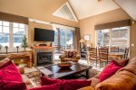 Private Outdoor hot tub with amazing Lone Peak views